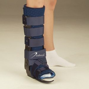 CAM boot for achilles tendon rupture treatment